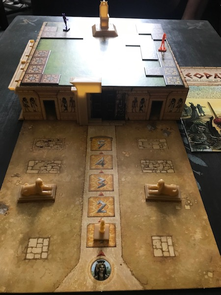 Cleopatra palace close up mid game